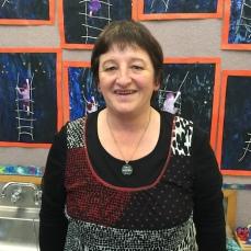 Mrs Bronwyn Bradshaw
